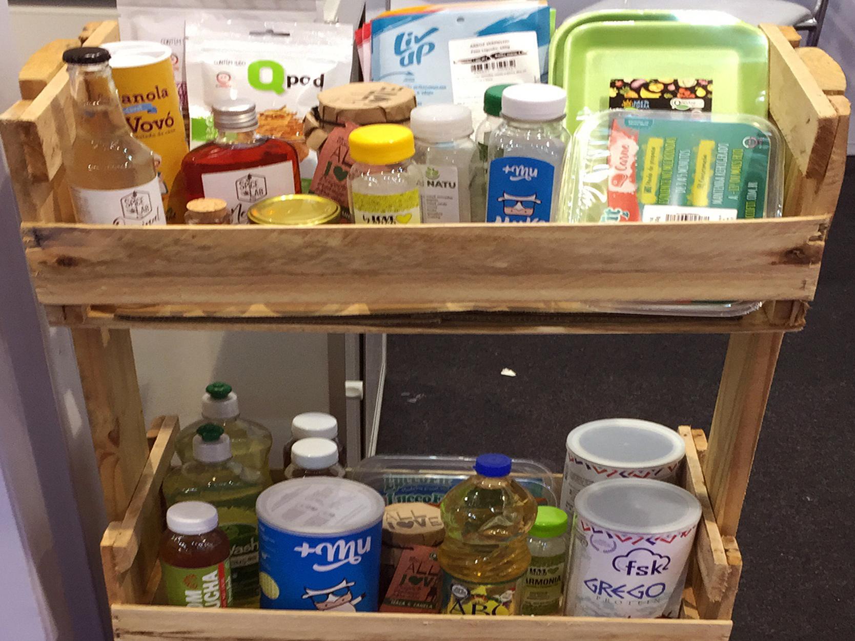 Embalagens de marcas engajadas com sustentabilidade corporativa